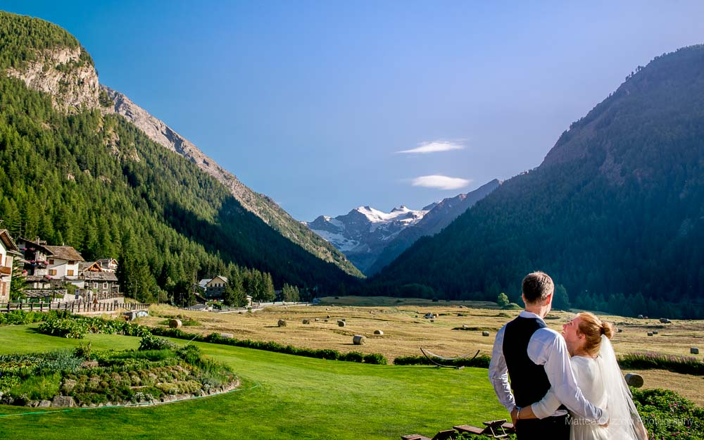 Marriage in valle d 39 aosta bellevue hotel cogne for Design hotel valle d aosta